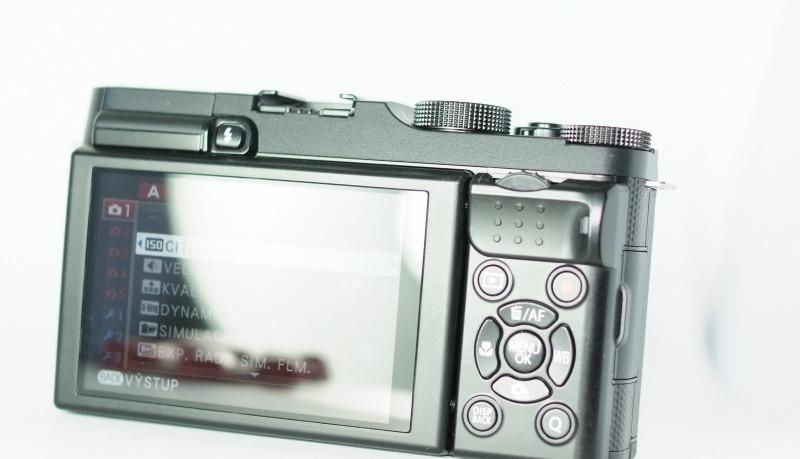Fujifilm FinePix X-A1 záruka 1/2017