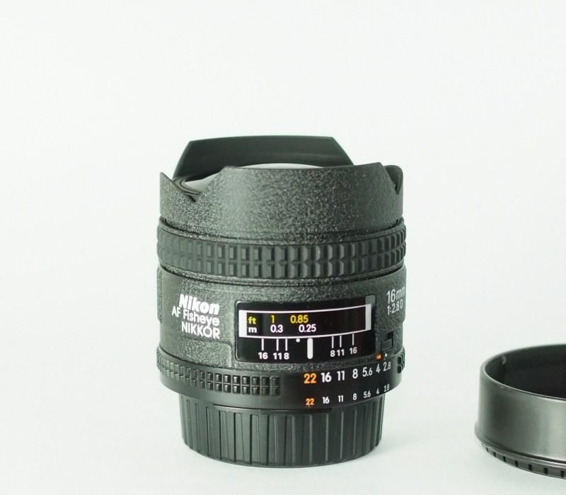 Nikkor 16mm f/2.8 AF D TOP STAV