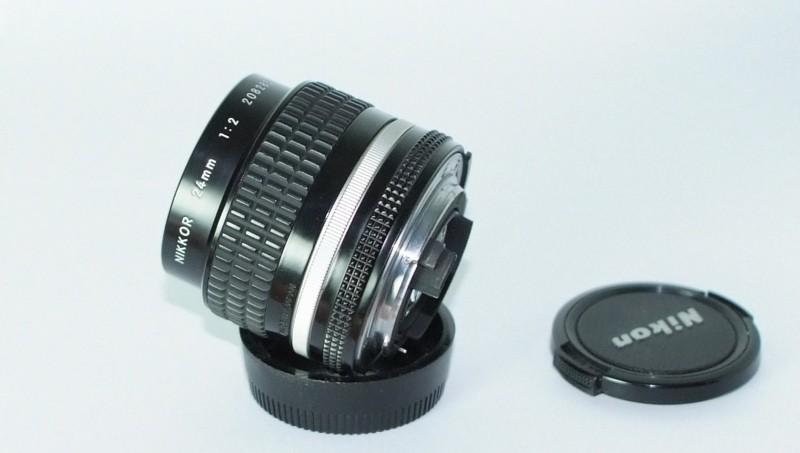 Nikon MF 24mm f2 AIS