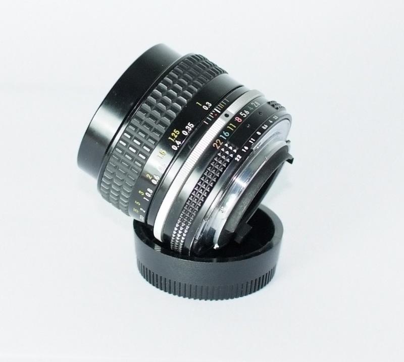 Nikon MF 35mm f/2.8 AI