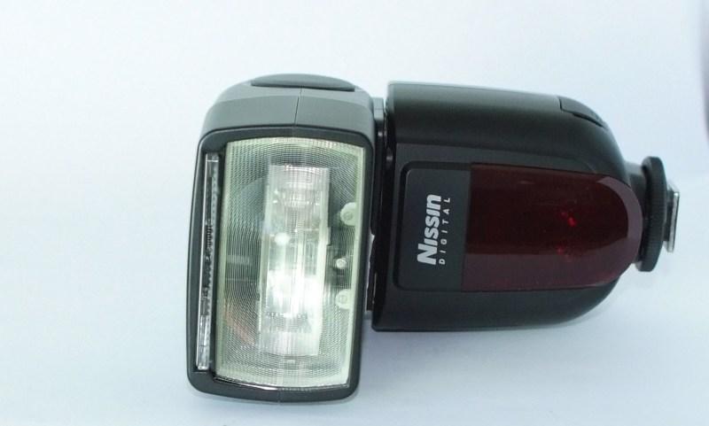 Nissin Di700 Speedlite  pro Canon