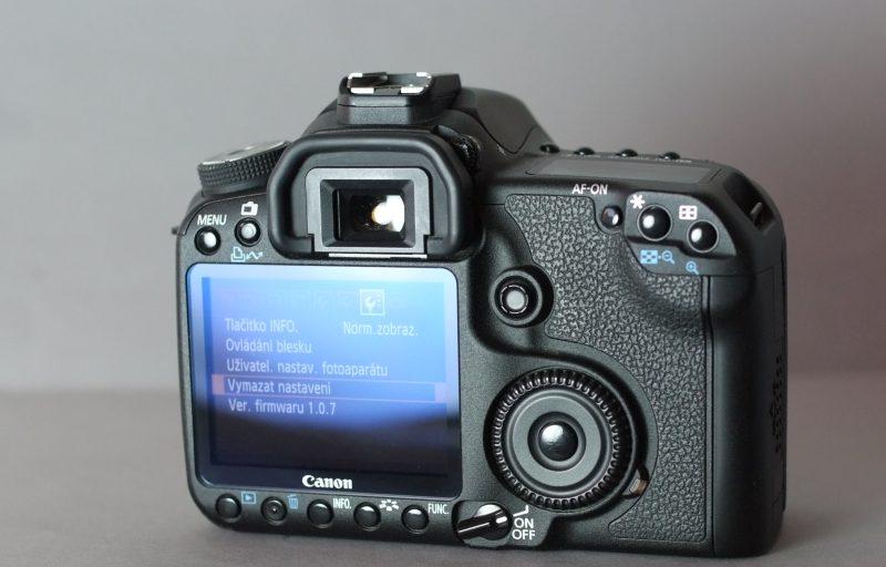 Canon EOS 50D  TOP STAV