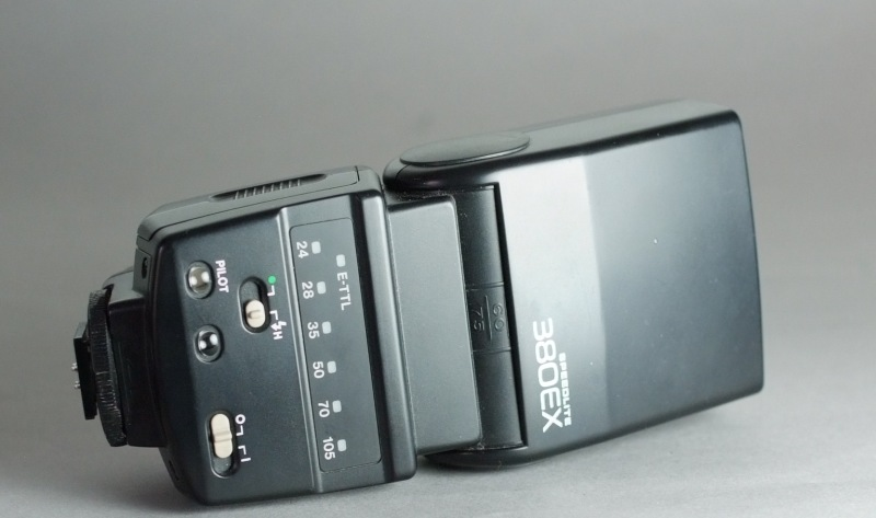 Canon SpeedLite 380EX SUPER STAV