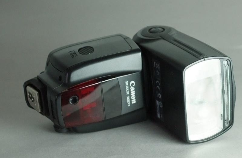 Canon SpeedLite 580EX II TOP STAV