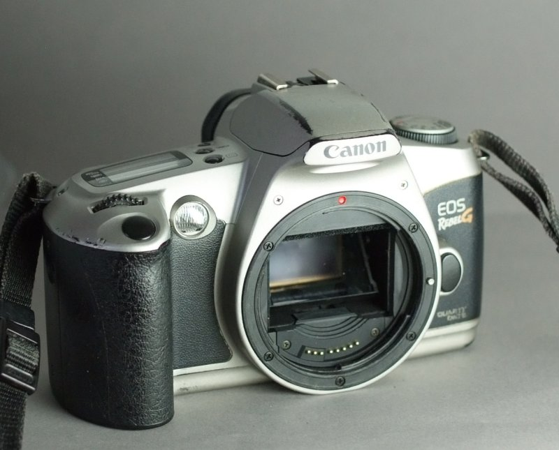 CANON EOS REBEL G