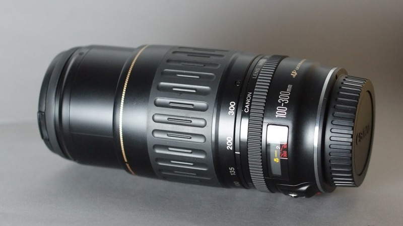 Canon EF 100-300mm f/4.5-5.6 USM TOP STAV