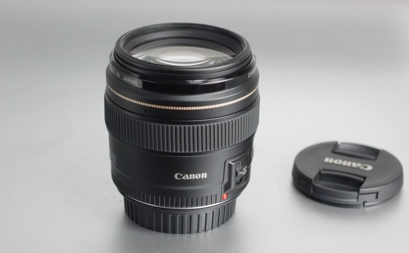 CANON EF 85 mm f/1,8 USM záruka 7/2019