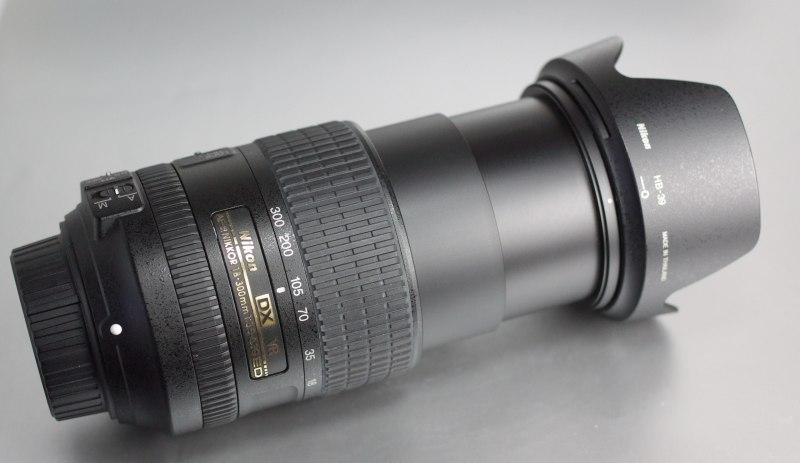 NIKON 18-300 mm f/ 3,5-6,3 G AF-S ED VR SUPER STAV