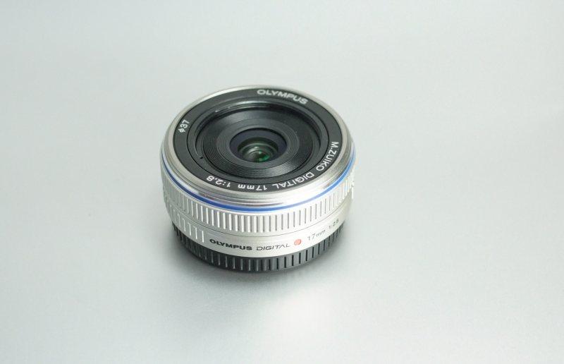 Olympus 17mm f/2,8 Pancake záruka 10/2019