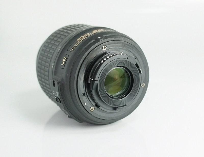 NIKON 18-55 mm f/3,5-5,6 G AF-s DX VR
