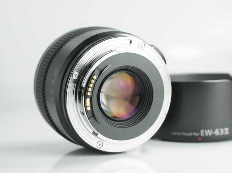CANON EF 28 mm f/1,8 USM SUPER STAV