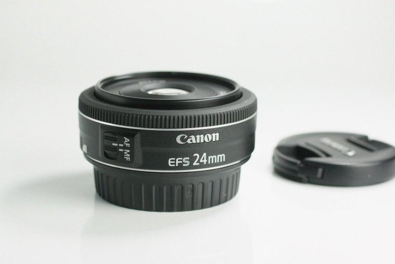 CANON EF-S 24 mm f/2,8 STM TOP STAV