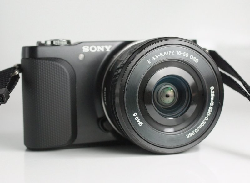 SONY NEX-3N + 16-50 mm TOP STAV