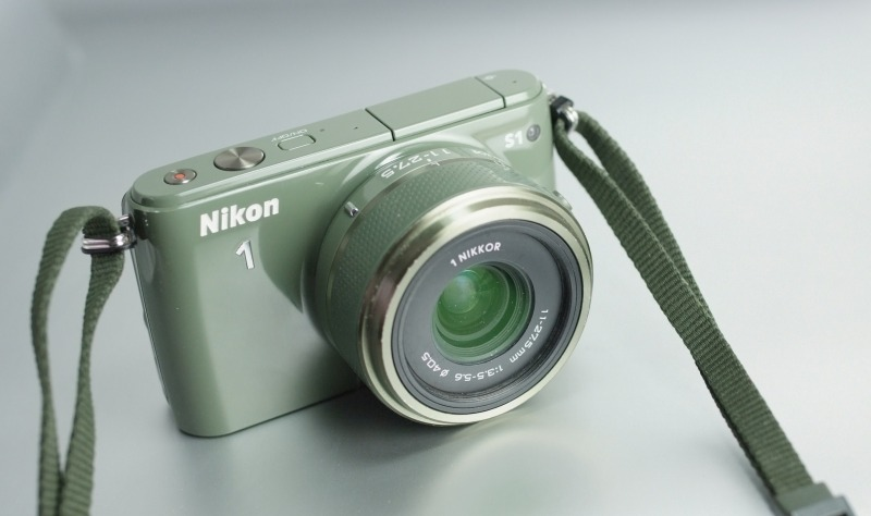 Nikon 1 S1 + 11-27mm