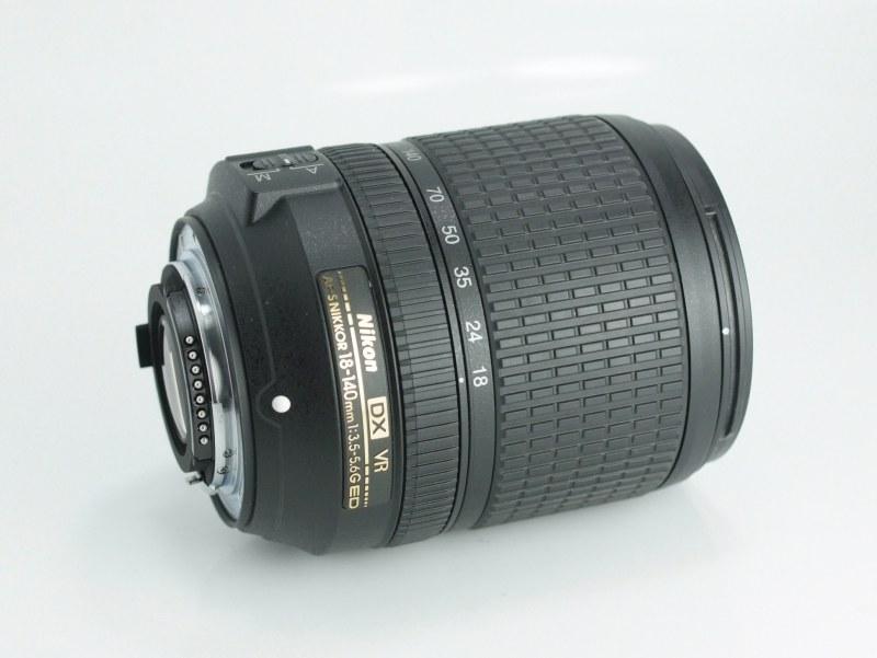 NIKON 18-140 mm f/3,5 5,6G ED VR záruka 12/2018