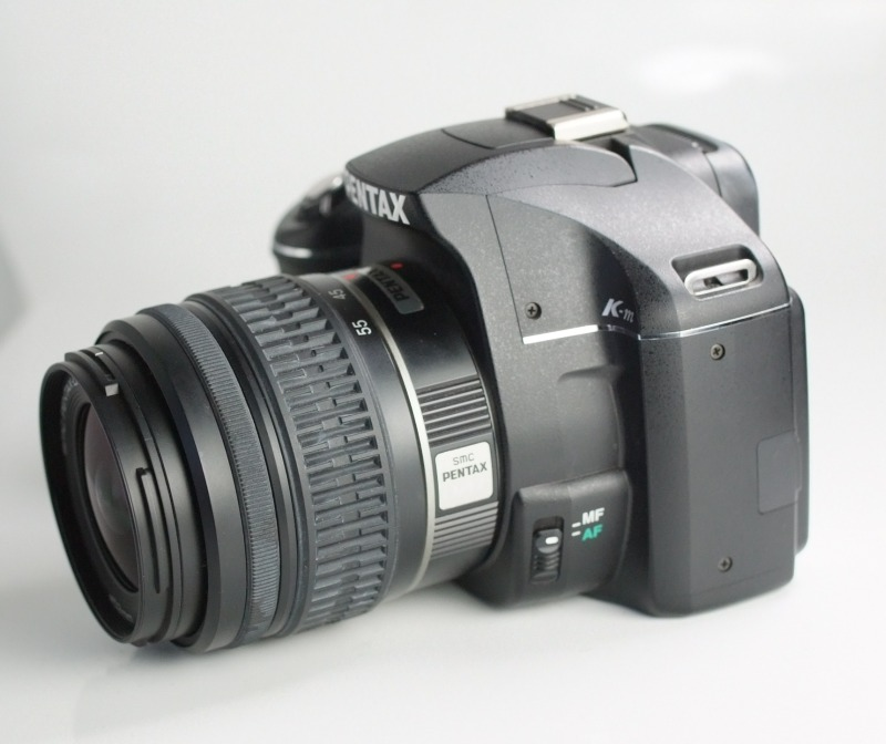 Pentax K-m + 18-55 mm TOP STAV