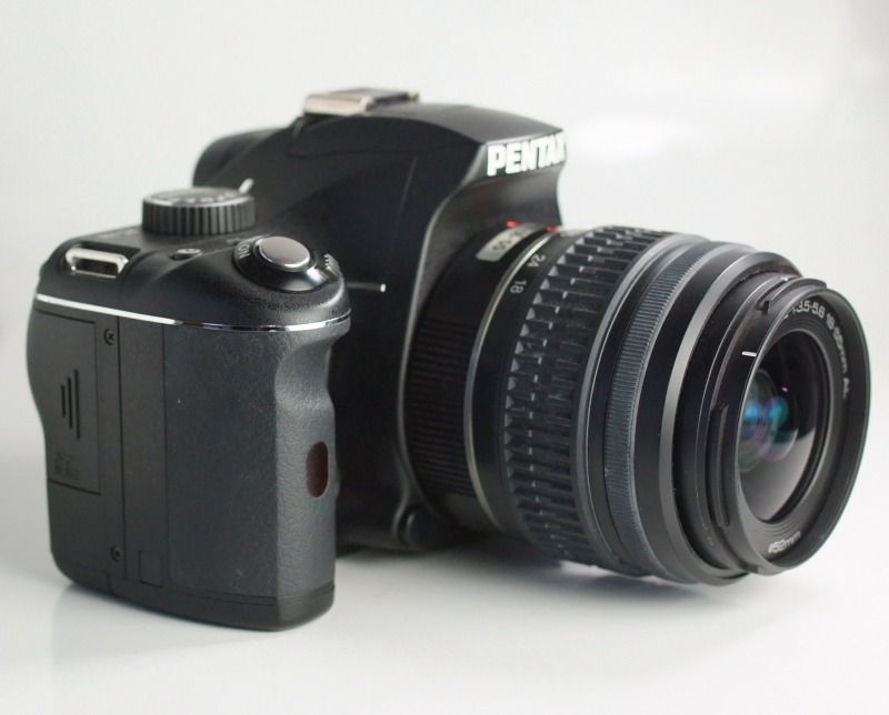 Pentax K-m + 18-55 mm TOP STAV