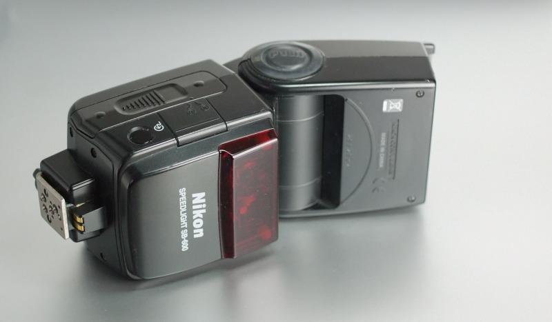 blesk Nikon SB-600