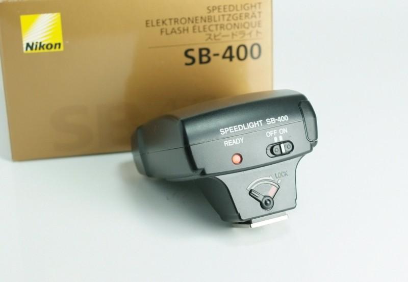 blesk Nikon SB-400 TOP STAV