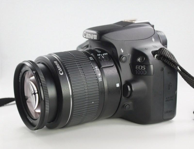 Canon 100D + Canon 18-55mm III TOP STAV