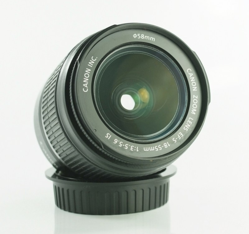 CANON EF-S 18-55 mm f/3,5-5,6 IS