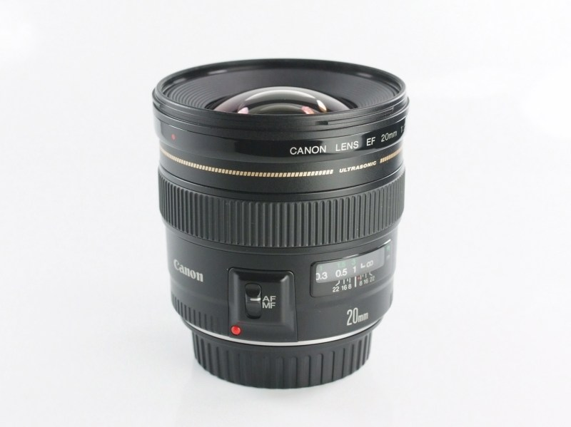 Canon EF 20mm f/2.8 TOP STAV