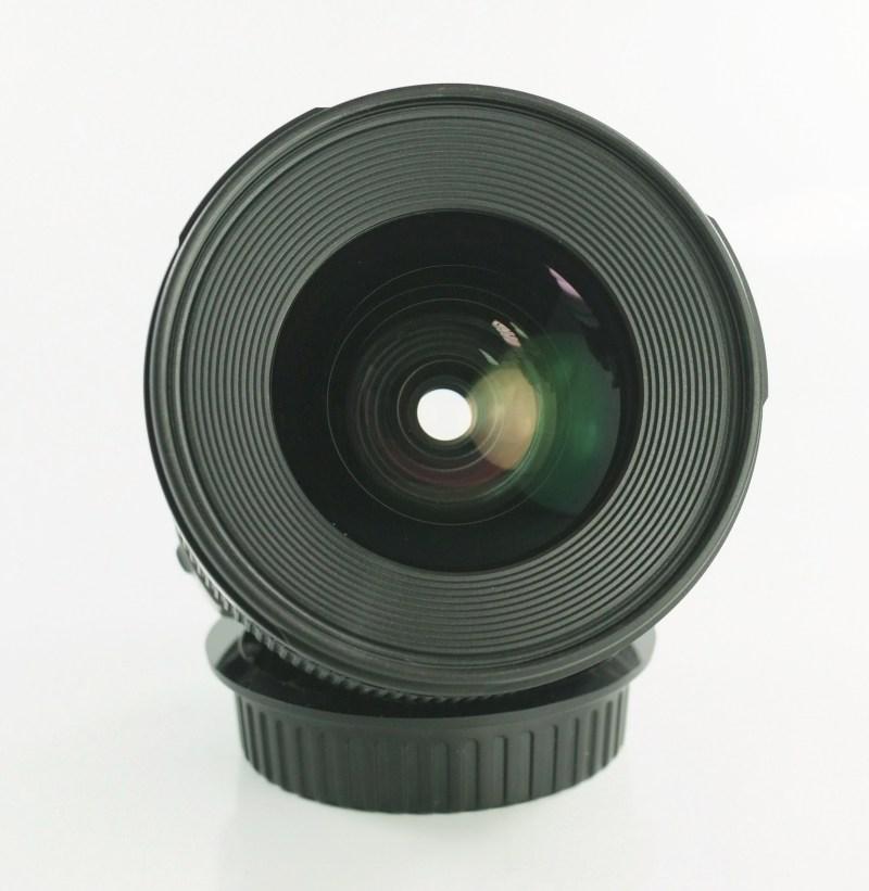 Canon EF 20mm f/2.8 TOP STAV