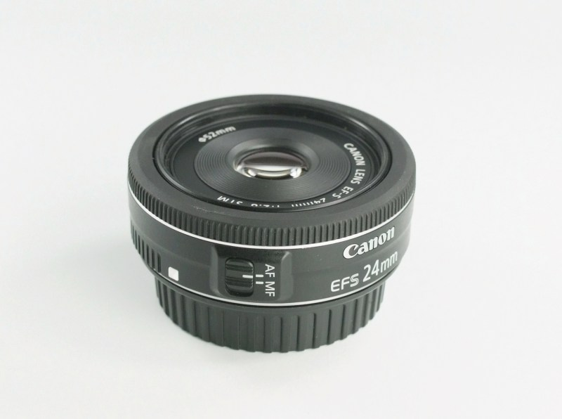 CANON EF-S 24 mm f/2,8 STM