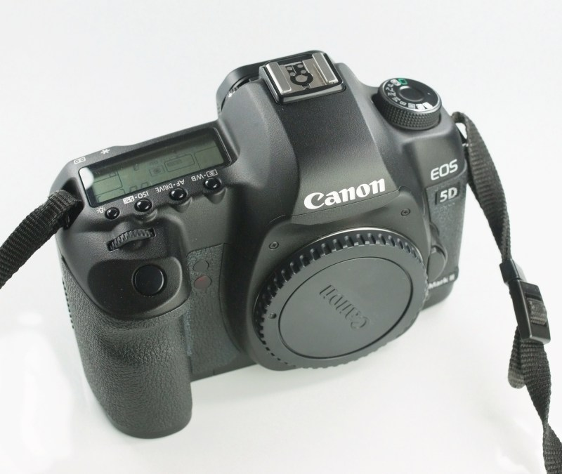 Canon 5D mark II TOP STAV