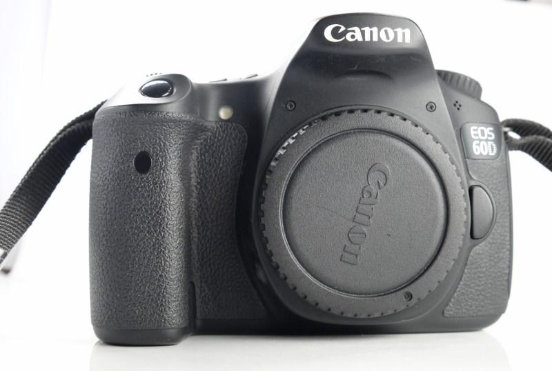 Canon EOS 60D TOP STAV