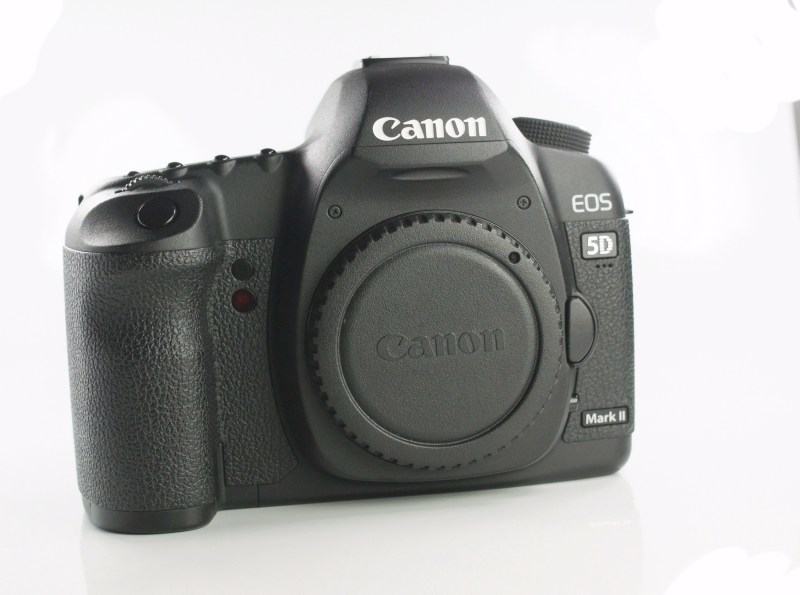 Canon 5D mark II TOP STAV