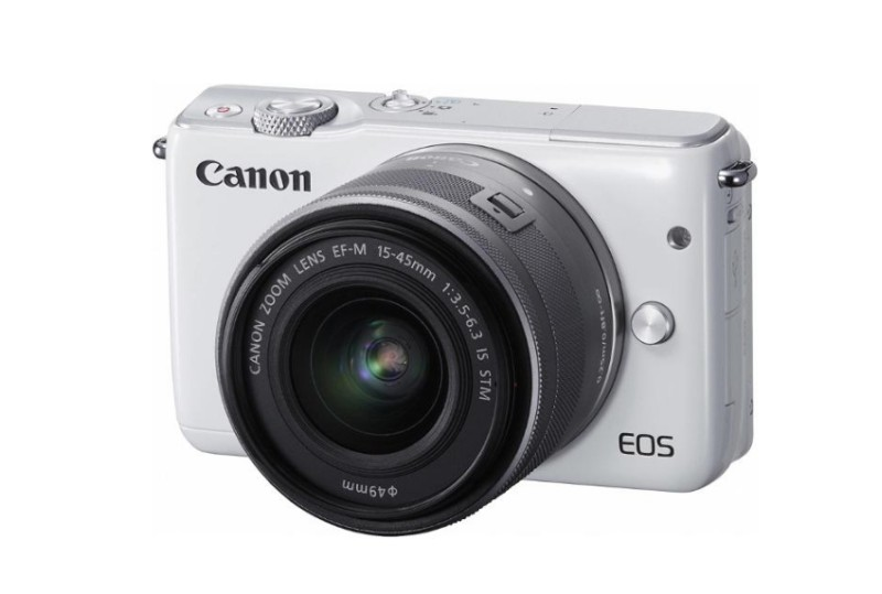 CANON EOS M10 + 15-45 mm STM bílý
