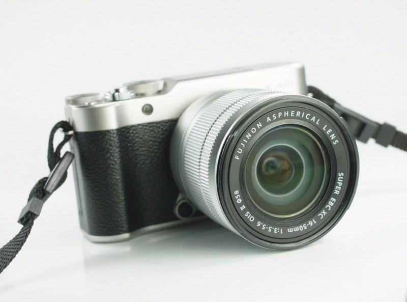 FUJIFILM X-A10  + XC 16-50 mm