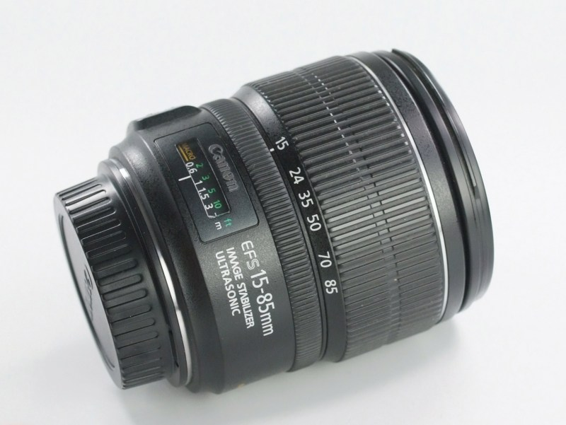 CANON EF-S 15-85 mm f/3,5-5,6 IS USM