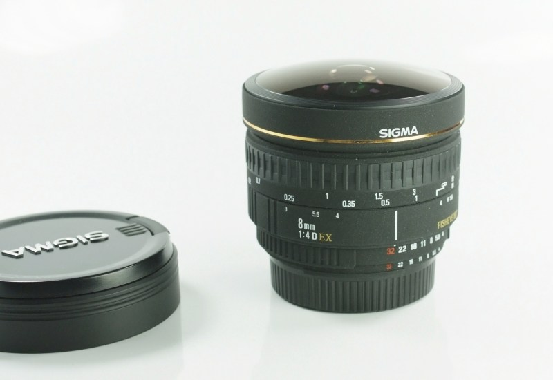 Sigma 8mm f/4 EX D