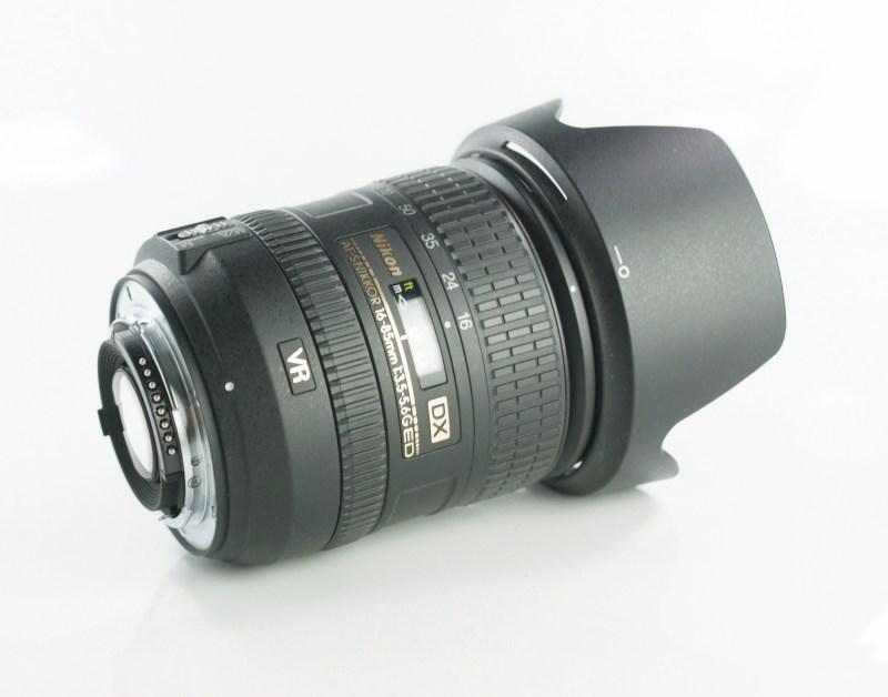 NIKON 16-85 mm f/3,5-5,6 G AF-S DX ED VR SUPER STAV