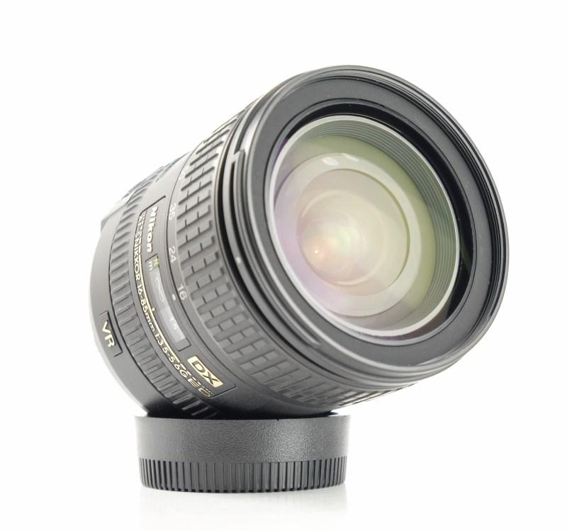 NIKON 16-85 mm f/3,5-5,6 G AF-S DX ED VR TOP STAV