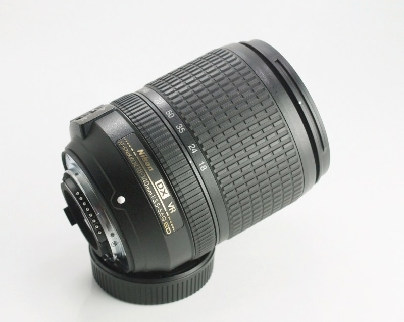 NIKON 18-140 mm f/3,5 5,6G ED VR  TOP STAV