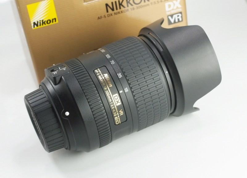 NIKON 18-300 mm f/3,5-5,6 G AF-S ED VR TOP záruka 5/2021