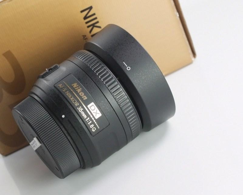 NIKON 35 mm f/1,8 AF-S G DX TOP STAV  záruka 6/2019