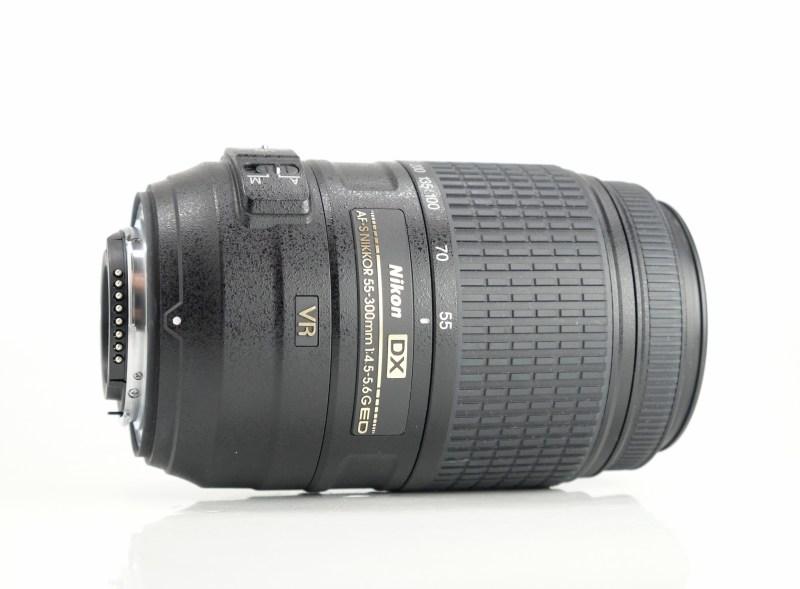 NIKON 55-300/4,5-5,6G ED VR AF-S DX TOP STAV
