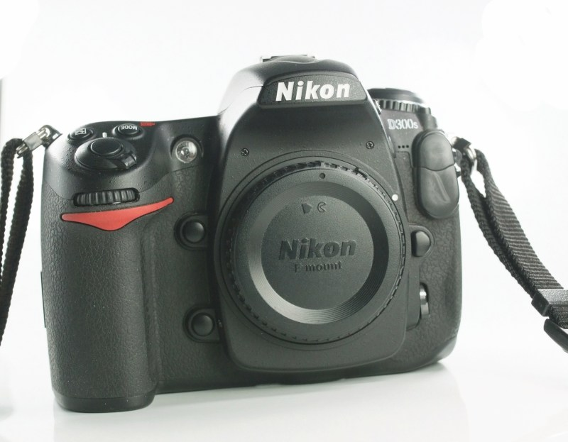 Nikon D300s TOP STAV
