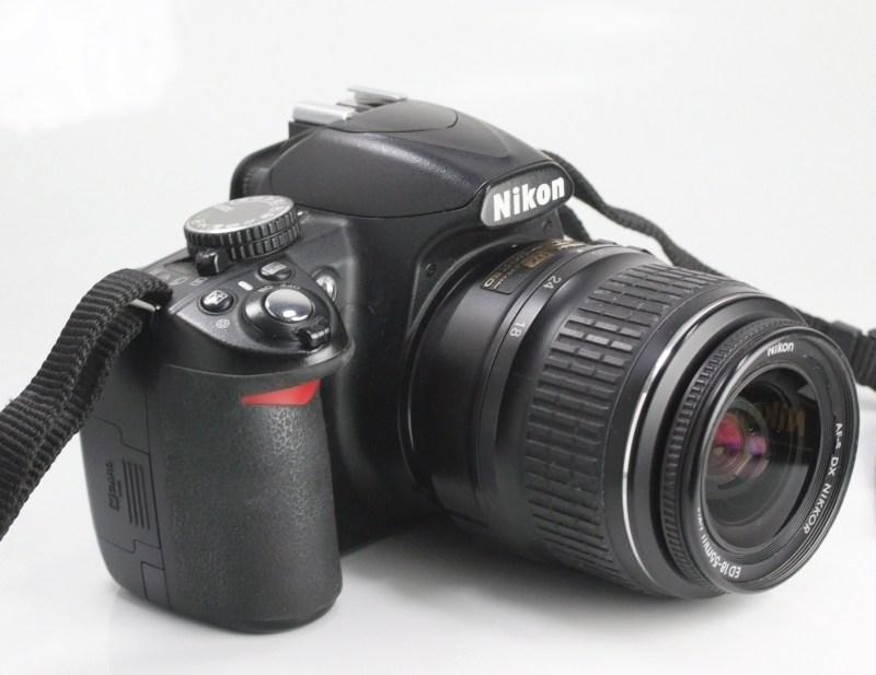 Nikon D3100 + Nikon 18-55mm