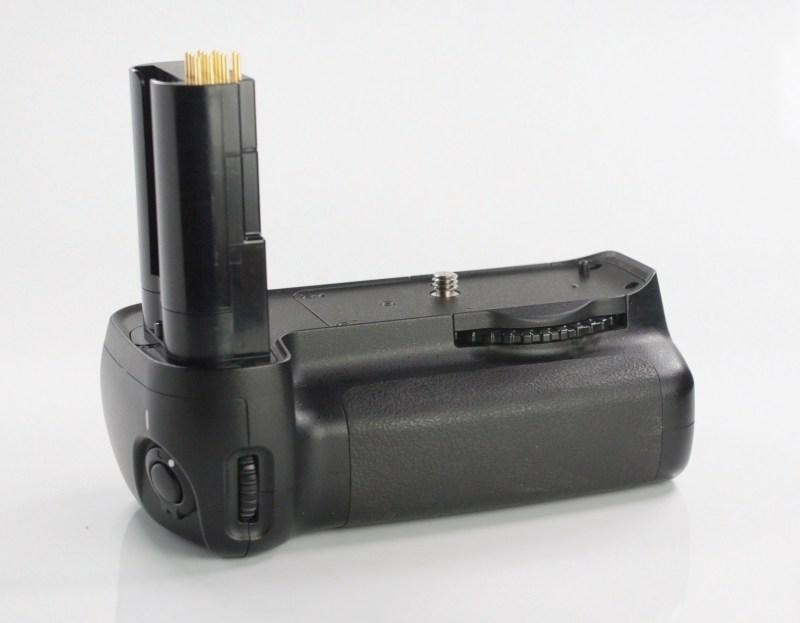 Bateriový grip Nikon MB-D80 pro NIKON D80 a D90
