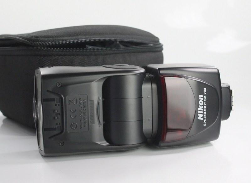blesk Nikon SB-700 TOP STAV