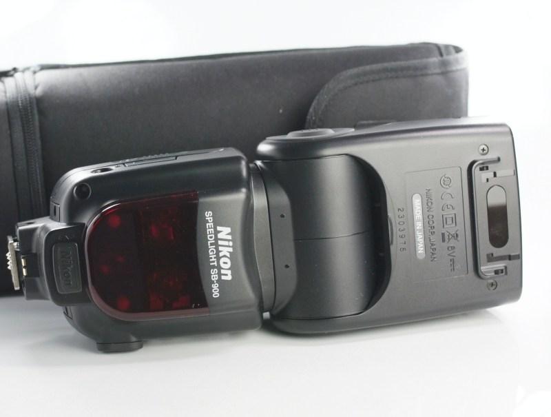 Nikon blesk SB-900 SUPER STAV