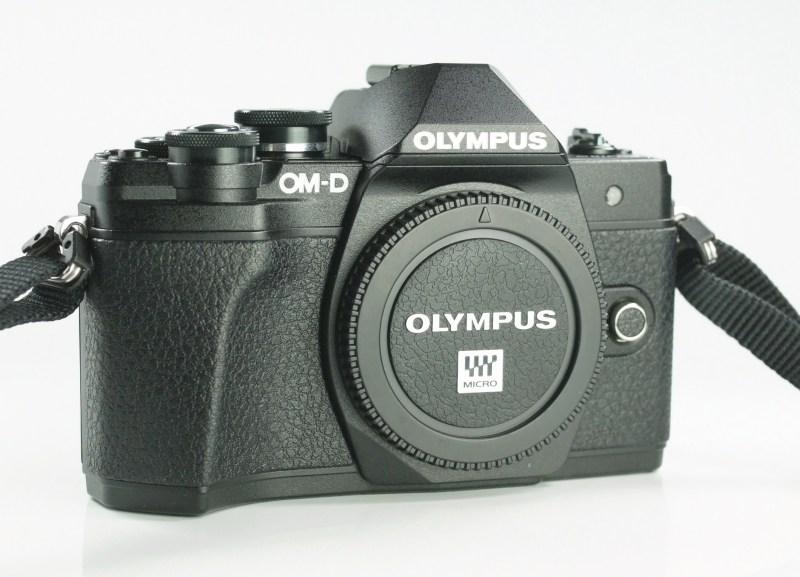 OLYMPUS E-M10 Mark III TOP STAV