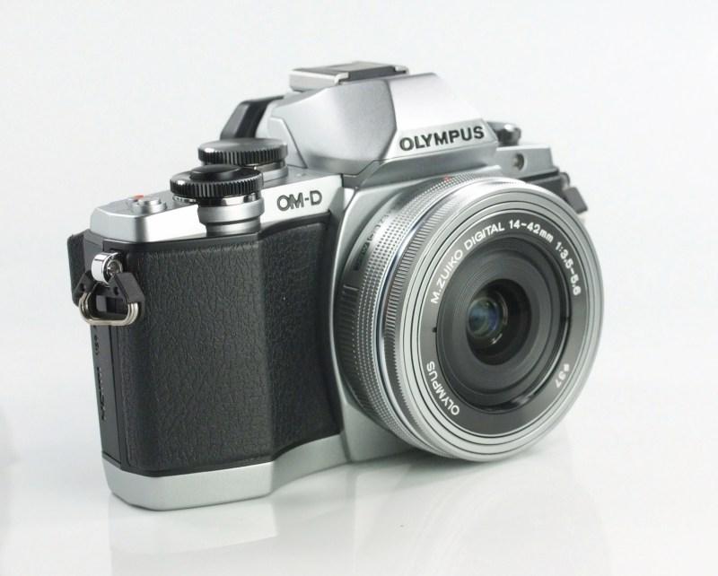 Olympus O-MD E-M10 + Olympus 14-42 EZ