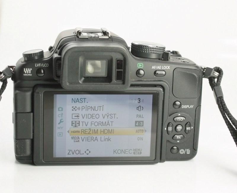 Panasonic Lumix DMC-G1 + 14-45mm