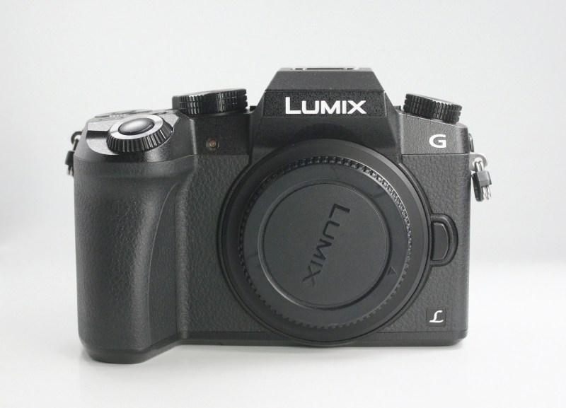 PANASONIC Lumix DMC-G7 TOP STAV